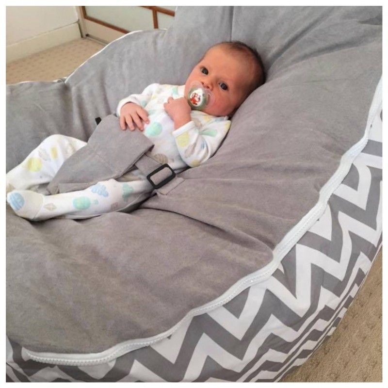 Pleasing Chevron Grey Bean Bag Chair With Harness Pabps2019 Chair Design Images Pabps2019Com