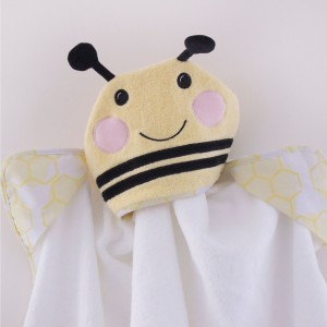 "BEE BEAUTIFUL Novelty Hooded ""Bee"" Bath Towel"