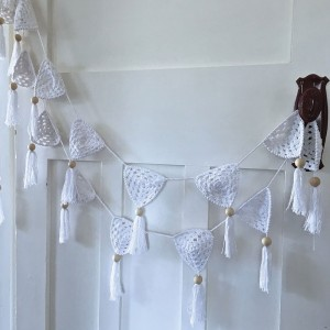 OB DESIGNS CROCHET BUNTING - white