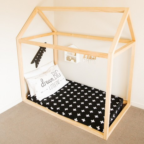 FITTED COT SHEET – Black Crosses